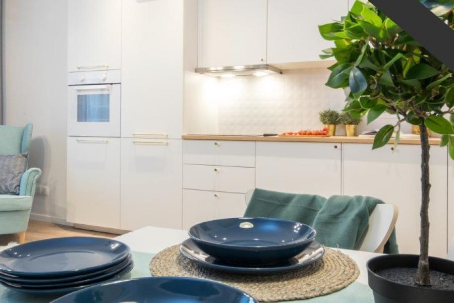 os.Szkolne 2 · Nowa Huta · 51,76 m² · 3 pokoje · 369.000 zł · Więcej »